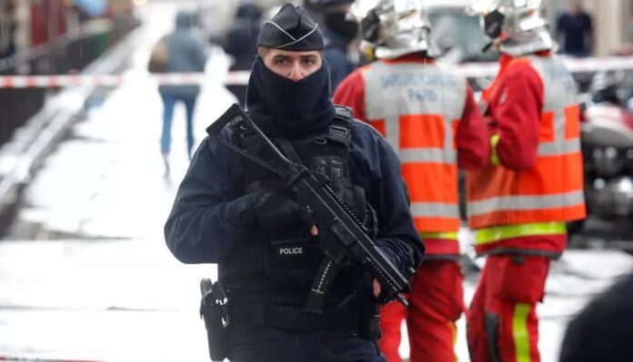 Knife Attack Outside Charlie Hebdo's Former office Brought Back Bad Memories - SurgeZirc France