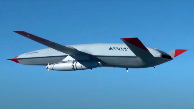 Boeing's Tanker Drone Completes First Flight With Refueling Pod - SurgeZirc France