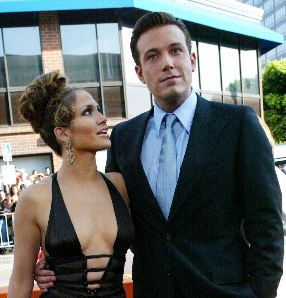 Jennifer Lopez And Ben Affleck's Romance Continue To Blossom - SurgeZirc FR